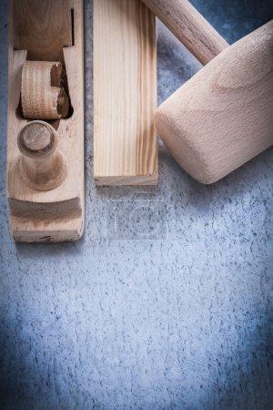 Wooden shaving plane hammer stud