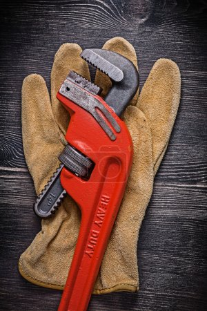 Protective glove and tool