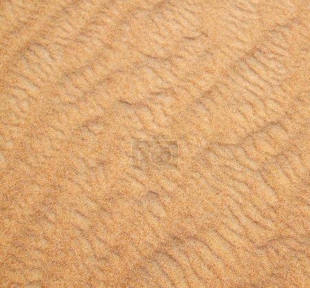 Photo pour Texture sable dans le désert d'or - image libre de droit