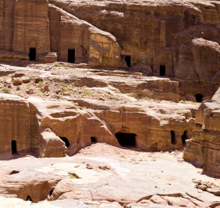 red rock formations in Petra