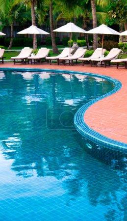Photo pour Belle piscine en Thaïlande - image libre de droit