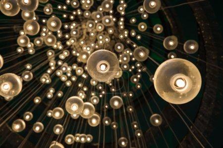 Photo pour Fond avec des ampoules décor - image libre de droit