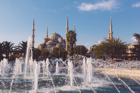 Blue Mosque in Istanbul on a sunny day