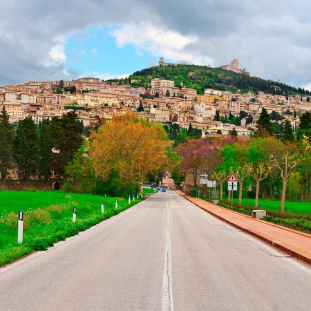 Road to Assisi
