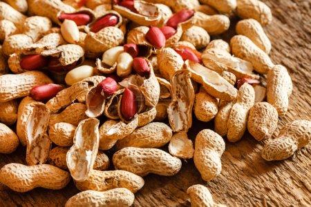 Erdnüsse auf dem Tisch Hintergrund
