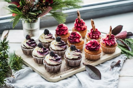 Christmas baked cupcakes