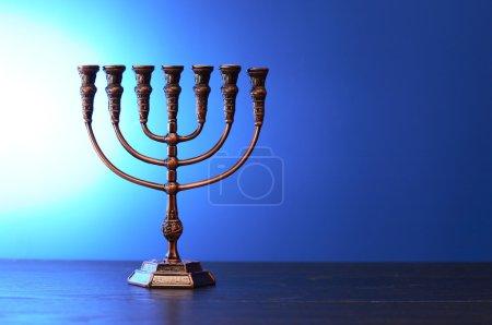 traditionelle jüdische Menora