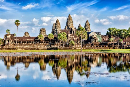 Cambodia landmark wallpaper - Angkor Wat with refl...