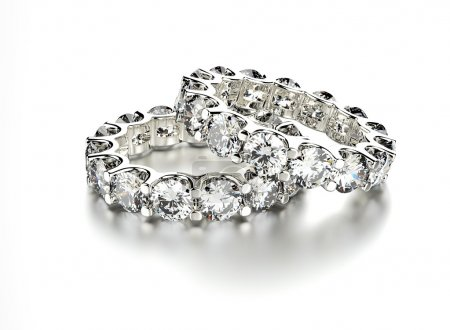Golden Rings with Diamond