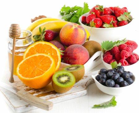 Fresh fruits and honey