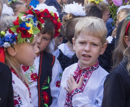 Children of migrants go to school