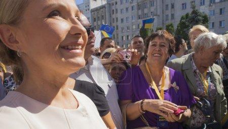 Yulia Tymoshenko's party  collecting signatures