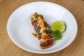 Pečený steak z tuňáka
