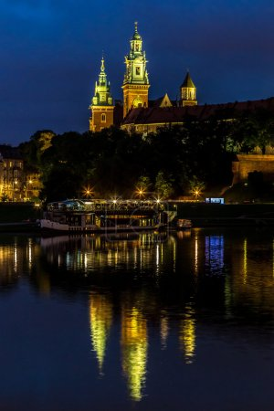 Krakow at night. Wawel Castle and Wistula. Krakow ...