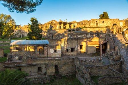 Photo pour Pompéi ville détruite en 79BC par l'éruption du Vésuve - image libre de droit