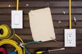 Zařízení pro instalaci elektrických zásuvek