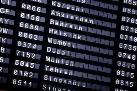 Un horaire de vol à l'aéroport