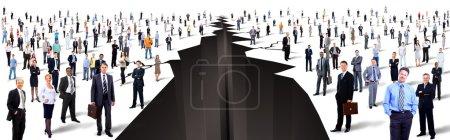 Photo pour L'écart entre les deux grands groupes de personnes - image libre de droit