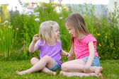 Sestřičky boj venku