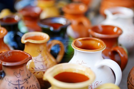 Ceramic dishes, tableware and jugs