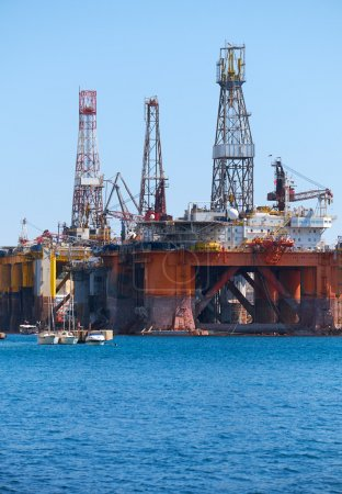 Die edle Ölplattform Paul Romano in den Palumbo Shipyards, Malta.