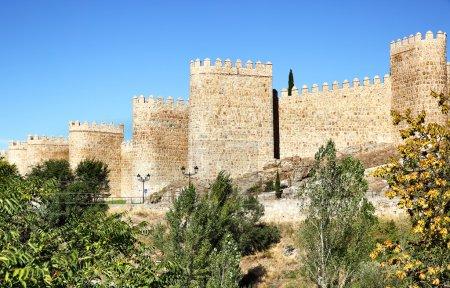 Photo pour Muraille d'Avila, Castille et Léon, Espagne - image libre de droit