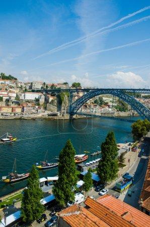 Photo pour Pont Dom Luis à Porto, Portugal - image libre de droit