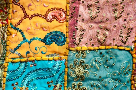 Patchwork   embroidery quilt