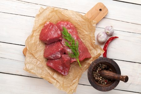 Raw fillet beef steaks