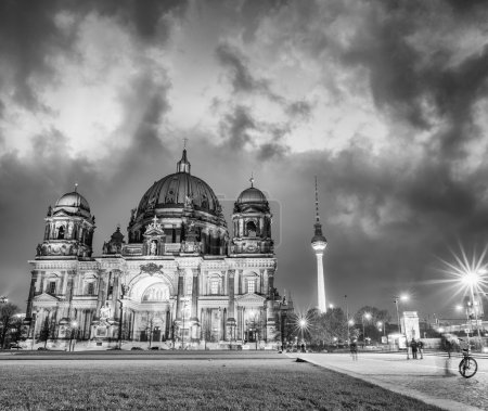 Amazing night colors of Berliner Dom