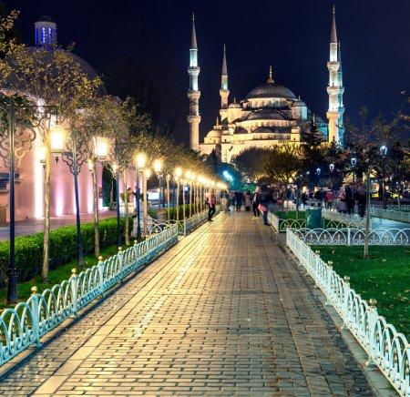 Photo pour La mosquée bleue nuit, Istanbul. - image libre de droit