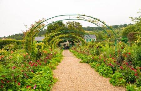 Photo pour France, la maison et les jardins Monet à Giverny, Normandie . - image libre de droit