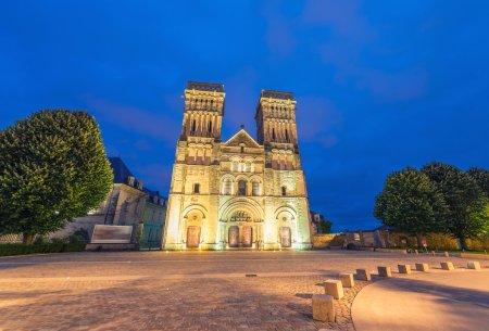 Abbaye Aux Dames, night view of Caen landmark