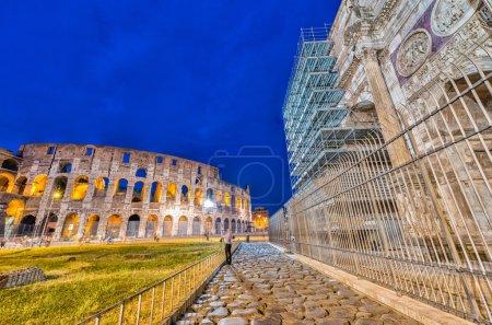 Arco di Costantino - Costantine's Arc near Colosseum - Roma - It