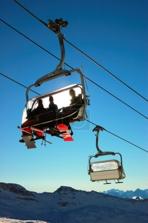 Chair lifts in with people