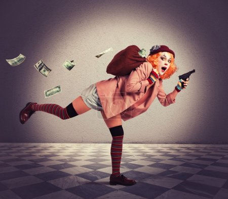 Woman clown thief escapes with the loot...