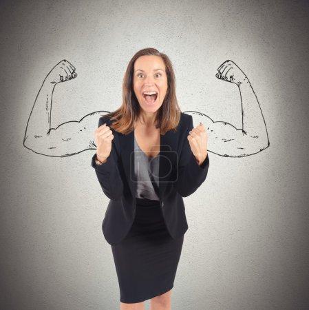 Photo pour Femme d'affaires vient au succès avec la force intérieure - image libre de droit