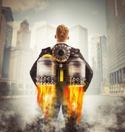 Photo pour Homme d'affaires prêt à s'envoler avec turbo - image libre de droit