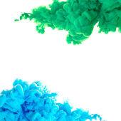 Örvénylő víz tinta felhők