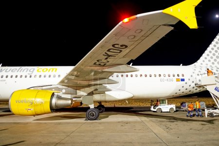 Vueling Airbus A320 at night