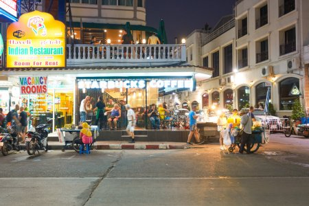 Starbucks in Pattaya at night