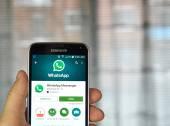 Applicazione mobile di WhatsApp su un telefono cellulare