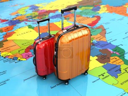 Foto de Concepto de viaje o turismo. Equipaje en el mapa mundial. 3D - Imagen libre de derechos