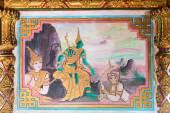 Podrobné náboženské malby uvnitř Li Thi Miew svatyně