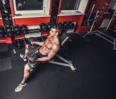 man doing biceps workout