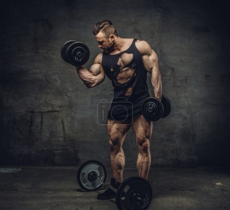 Bodybuilder doing biceps workouts