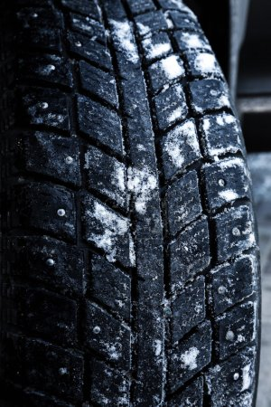 Winter tyre snow performance