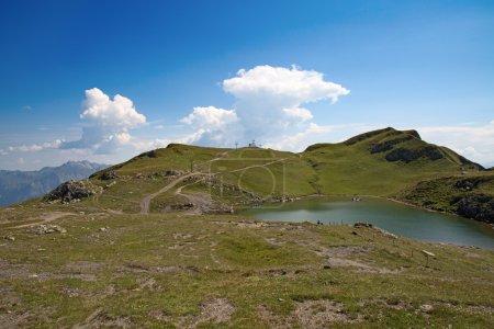 Photo pour Randonnée dans les Alpes suisses : paysage près du pic Pizol - image libre de droit
