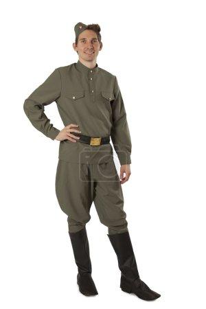 Советский солдат над белой
