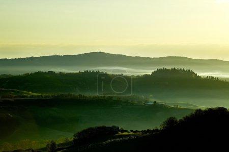 collines verdoyantes en Toscane